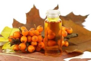 В медицине облепиховое масло применяют для лечения язвы желудка и двенадцатиперстной кишки